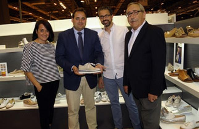 308600aa2b9 Siete empresas de calzado almanseñas presentan sus nuevas colecciones en  Momad Metrópolis